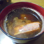 魚耕 - 赤エビの頭の味噌汁