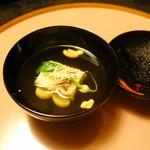 和心亭 豊月 - 先吸い:雲子豆腐