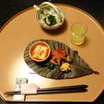 和心亭 豊月 - 柚子酒、先付け:甘海老、ズワイ蟹、鱈子、野菜