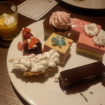 & sweets!sweets! buffet! ALICE - 10皿目 ケーキいろいろ