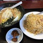 台湾料理 嘉宴楼 - ラーメンセット