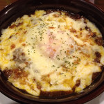 ワインカフェ - 牛スジ煮込みのチーズオーブン焼き