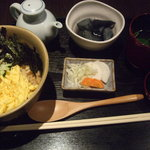中屋 - 三色丼定食