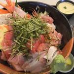 一歩 - 2017/1/7 特盛海鮮丼1,800円