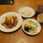 76409441 - 三元豚生姜焼ランチ880円