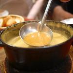 ビストロ・シンバ - soupe de poissons en cocotte