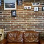 ザクリームオブザクロップコーヒー - ここに座って バリスタさんとおしゃべり 楽しく学べました