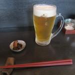 手打ち蕎麦と酒 佳蕎庵 - 生ビール・お通し