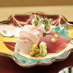 赤坂 菊乃井 - ■明石天然鯛、小鮪