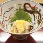 赤坂 菊乃井 - ■柿と蓮根と糸目昆布の土佐酢和え