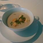 夏目亭 - マッシュルームのスープ