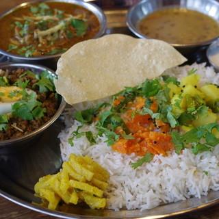 スパイス・ツリー - 料理写真:マトンと挽肉とネパール山椒、ラムと青唐辛子