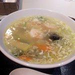 """チャ""""伊""""ナバル - えび湯麺"""