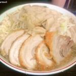 76432016 - 小豚ラーメン 「ニンニクアブラ」(850円)
