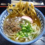 あけぼのうどん - 料理写真:「肉ごぼう天うどん」680円