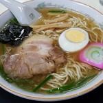 76437077 - 麺は白い細麺です。