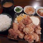 76438000 - 鶏唐揚げ定食・10個(850円)