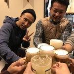 大阪 もつ鍋 PLay - 浅井君を囲んで7人で乾杯(● ̄ω ̄●)ノ
