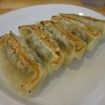 麺屋 たか虎 - 特製ニラギョーザ(5ヶ)