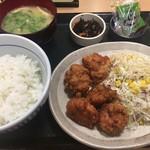 なか卯 - 旨味唐あげ定食(590円)