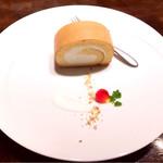 低糖質食専門店 ローカーボキッチン 然 - 低糖質ロールケーキ