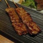 ブレス・串焼 - 絶品 豚シロ。おススメマークがついてました。