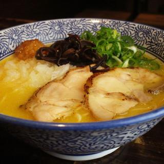 めんや美鶴直伝濃厚鶏白湯スープ