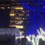 楽がき - 博多駅のイルミはこの日が点灯式で歌手のゆずが来ててごった返してました^^;