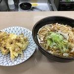 山田屋 - げそ天うどん(400円)