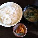 とんかつ ひろ喜 - 特撰ロースカツ定食 ハーフメンチカツ追加 ライス、味噌汁、漬物