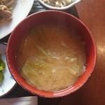 なごみ - 味噌汁(肉ニラもやし炒めランチ)