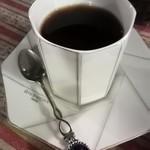 76469640 - お店ブレンドのコーヒー¥470