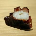 鮨 なんば - 神奈川県佐島の蛸(煮)