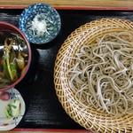 三峰お犬茶屋 山麓亭 - きのこ汁そば900円