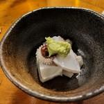 天史朗寿司 - 料理写真:お通し(コウイカの下足)コリコリです