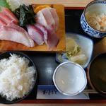 うめや食堂 - 料理写真:刺身盛合せ定食 1200円