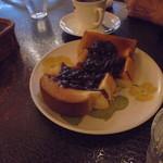 珈琲館もりやま - 小倉トーストと珈琲