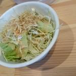 麺屋 ばんび - サラダ