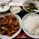 76494772 - ニベの豆豉ソース炒め