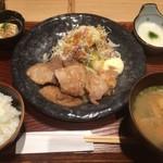 76495187 - 豚ロース生姜焼き定食1000円税込 13時以降はドリンクサービスあります。
