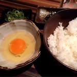 全席完全個室 地鶏と鮮魚 一石二鳥 - 薩摩赤玉卵かけご飯