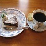 カフェ コニフェール - 料理写真:ケーキセット(580円)