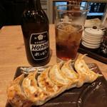 nikujirugyouzanodandadan - 肉汁焼餃子&ホッピー黒セット