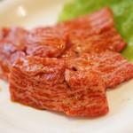 焼肉赤門 - 上カルビ890円