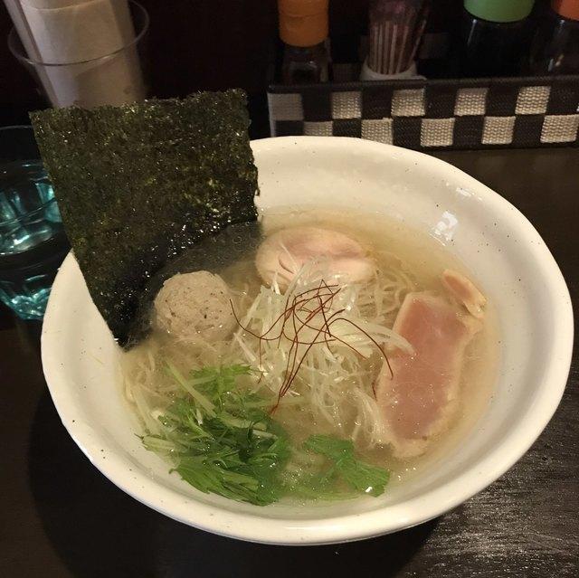 La らぁ麺 ニコル - 鶏塩SOBA。 税込780円。 美味し。
