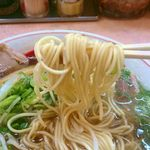 76510463 - パッツン歯ごたえのストレート細麺
