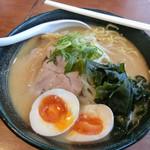北海道らーめん 壱龍 - 「味噌味玉ラーメン」830円