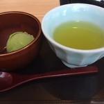源氏総本店 - デザートは抹茶のアイスor抹茶のわらび餅