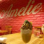 Amelie Cafe - クーポンでミニボンボンサービス