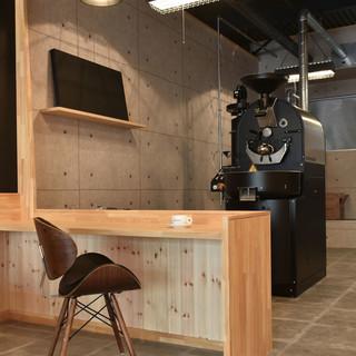 洗練された驚きのカフェ空間